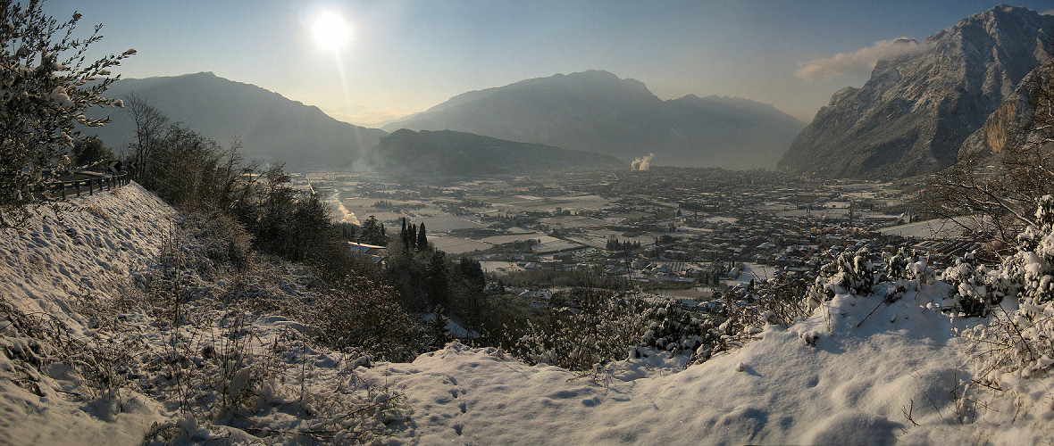 Panorama photo panorama winter on riva del garda for Christian hoenig